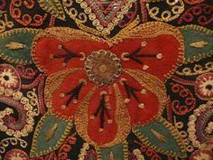 ©LIZ HAGER - Azerbaijan embroidered coverlet (detail) The tribal arts of Azerbaijan generally reflect either Iranian or Turkic traditions, although some Russian traditions were absorbed when the . Embroidery Applique, Beaded Embroidery, Embroidery Stitches, Embroidery Works, Textiles, Berlin, Red Art, Coq, Art Blog