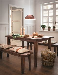Decoración 'urban classic': comedor en madera