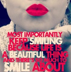 Girly Marilyn Monroe quote reminding you to smile because life is beautiful!