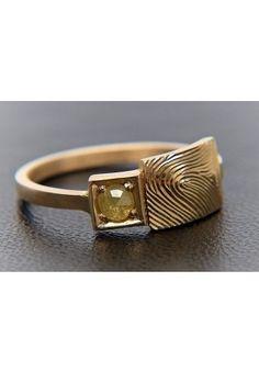 MÁRÀ - Insignia Ring