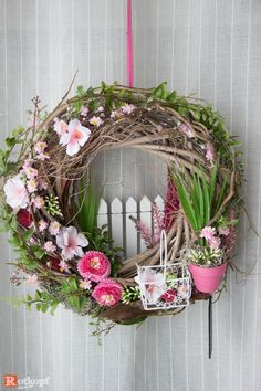 Door wreaths – door wreath 183 – a unique product by Rotkopf-design on DaWanda # at # Designer pieces Wreath Crafts, Diy Wreath, Door Wreaths, Wreath Ideas, Diy Spring Wreath, Spring Crafts, Easter Wreaths, Holiday Wreaths, Couronne Diy