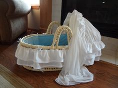 KC Irie: A Suburban Homesteading Blog: Simple Skirt for a Moses Basket