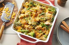 Baked thyme chicken and vegetables recipe cook with campbell Rice Bake Recipes, Casserole Recipes, New Recipes, Cooking Recipes, Chicken Recipes Video, Healthy Chicken Recipes, Vegetable Recipes, Chicken And Vegetables, Stuffed Peppers