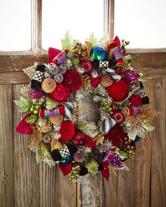 Small Holiday Frost Christmas Wreath
