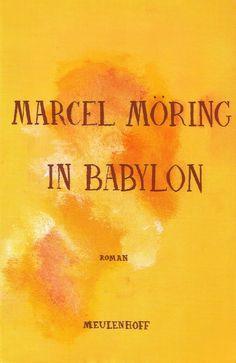 Want dat waren wij. Allemaal reizigers. We kwamen uit het Oosten, we gingen naar het Westen. Oom Chaïm en neef Magnus, mijn verste voorvaderen, woonden in het gebied dat tegenwoordig de grensstreek van Polen en Litouwen vormt. Daar, in de dichte oerbossen, waar de bizon nog rondtrok en wolven en beren belaagden wie van het ene dorp naar het andere trok, daar maakten ze klokken. - Marcel Möring, In Babylon
