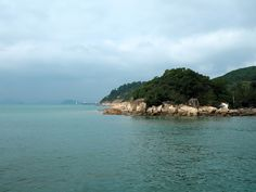 Day Out to Lamma Island | Blog post about hiking & the beach on one of Hong Kong's Outlying Islands