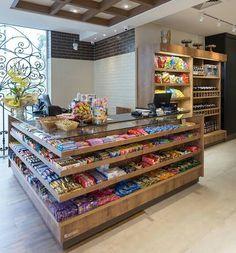 Supermarket Design, Retail Store Design, Wine Shop Interior, Interior Design, Home Room Design, House Design, Vegetable Shop, Store Layout, Home Theater Rooms