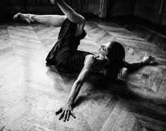 L'ultime Marie Agnes Gillot photographiée par Sy Delorme, stylisme de Sonia Bedere