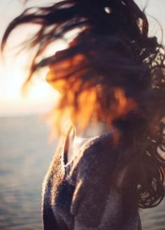 flip of hair, soft, out-of-focus lighting // portrait // girl // ladie // photography // Foto Art, Sweet Nothings, My Hair, Art Photography, Vintage Photography, Stunning Photography, People Photography, Editorial Photography, Summertime