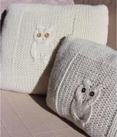Owl Sewing Patterns, Owl Cushion, Crochet Yarn, Crochet Projects, Knitted Hats, Cushions, Throw Pillows, Knitting, Crafts
