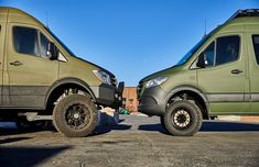 Green is the new grey this season! We have a couple of olive vans making friends at the shop here. on the left has a LineX coating by and Steede van on the right has a wrap which we do in house. Make your van unique to you in every way! Mercedes Sprinter Camper, Benz Sprinter, Ambulance, Stealth Camper Van, Minivan Camper Conversion, Range Rover Black, Best Campervan, Tactical Wear, Day Van