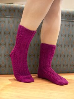 cable sock patterns free | ... socks east meets west these cabled socks are stylish and comfortable
