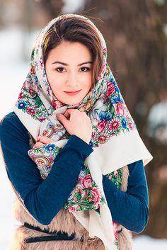Dasha by Alexandr Yakovlev Beautiful Muslim Women, Beautiful Girl Image, Beautiful Hijab, Russian Beauty, Russian Fashion, Beau Hijab, Culture Russe, Style Russe, Arabian Beauty Women