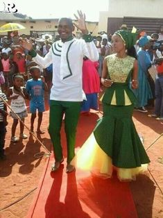 Top Green shweshwe dresses for 2018 - Reny styles Sepedi Traditional Dresses, African Traditional Wear, African Traditional Wedding Dress, Traditional Wedding Attire, African Wedding Attire, African Attire, African Wear, African Women, African Weddings
