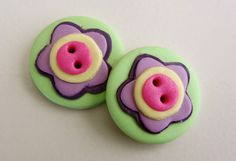 Daisy & Heart Flower Buttons  Set of 2 by FastenationStudio, $5.00