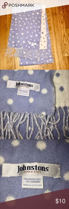 Wool & Cashmere Scarf Blue and white scarf. 90% wool and 10% cashmere. Feel free to comment with any further questions! Accessories Scarves & Wraps