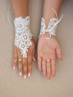 Wedding Gloves ivory lace gloves lace ivory wedding by WEDDINGHome Lace Cuffs, Lace Gloves, Wedding Gloves, Bride Gloves, Wedding Hands, Lace Jewelry, Bare Foot Sandals, Ivory Wedding, Beads And Wire
