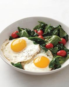 Eggs with Spinach and Tomatoes Recipe