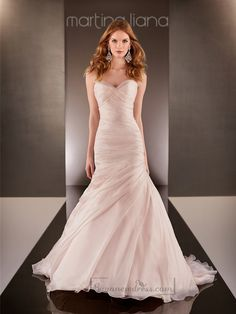 Fit and Flare Cross Sweetheart Neckline Ruched Bodice Wedding Dresses - Buyanewdress.com