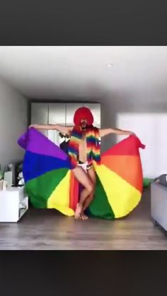 Not in the LGBT community just extremely supportive Happy Pride Month! Cute Gay, Funny Cute, Hilarious, Lgbt Memes, Funny Memes, Lgbt Love, Faith In Humanity, Haha, Funny Pictures