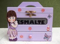 Resultado de imagem para caixa de esmalte de madeira decorada