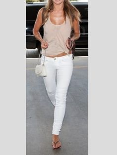 White jeans, simple summer