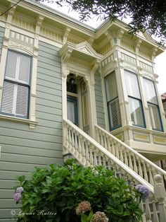 Exterior Paint Colors - You want a fresh new look for exterior of your home? Get inspired for your next exterior painting project with our color gallery. All About Best Home Exterior Paint Color Ideas Green Exterior Paints, Best Exterior Paint, Exterior Paint Colors For House, Paint Colors For Home, Modern Exterior, Paint Colours, Bungalow Exterior, Exterior Design, Cottage Exterior Colors