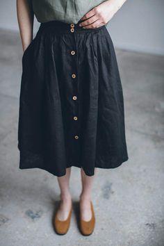Linen skirt/ Linen skirt with buttons/ Washed linen skirt/ Soft linen skirt/ Basic linen skirt Falda de lino / Falda Dress Skirt, Midi Skirt, Dress Up, Bandage Skirt, Baby Overall, Linen Skirt, Looks Cool, Kind Mode, What To Wear