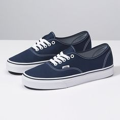 Shop bestselling Classics Shoes at Vans including Women's Classics, Slip-On, Canvas Authentics, Low Top, High Top Shoes & More. Shop at Vans today! Grunge Style, Soft Grunge, Mens Vans Shoes, Vans Sneakers, Vans Men, Skate Shoes, Converse Shoes, Shoes Women, Tokyo Street Fashion