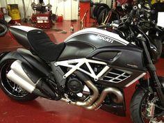 Ducati Diavel SMG SE Redline 1.jpg