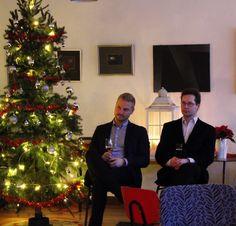Ville ja Simo keskittymässä tärkeään sanomaan. Jouluchillailu 2015