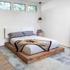 Mash Studios LAXseries Platform Bed