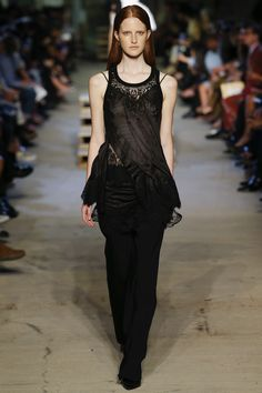 Givenchy Spring 2016 Ready-to-Wear Fashion Show - Isabella Emmack