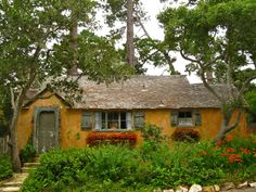 Sunwise Turn, Carmel Imagined by many a passer-by to be the cottage of the Seven Dwarves, Sunwise Turn is another Comstock creation. Shabby and sweet just as a real unkempt cottage in the woods, the home also known as the Elspeth Rose house is totally timeless.
