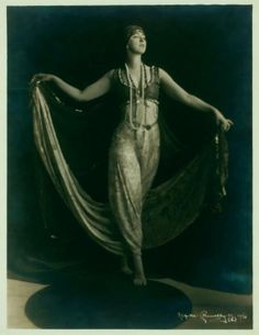 Ruth St Denis in costume, no specific dance. 1916