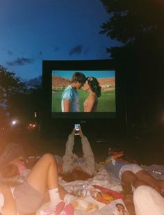 ❤ Maybe this is the best teenage dream summer nights, like all people said that the best moment is our life when we were in the college. Summer Vibes, Summer Feeling, Summer Nights, Summer Things, Cute Friend Pictures, Best Friend Pictures, Cute Friends, Best Friends, Drunk Friends