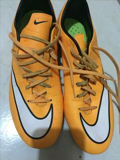 Cleats, Sneakers, Sports, Fashion, Soccer, Football Boots, Tennis, Hs Sports, Moda