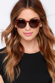Grab your favorite bikini and head off to some fun in the sun with the Milano Tortoise Sunglasses! These chic sunnies feature rounded shiny tortoise frames. Oversized Sunglasses, Black Sunglasses, Round Sunglasses, Sunglasses Women, Discount Sunglasses, Girls With Glasses, Tortoise, Women's Accessories, Eyewear