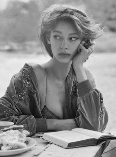 """Ondria Hardin by Will Davidson in """"Last Train"""" for Vogue Australia, March 2016"""