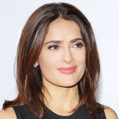 The Mexican Ingredient Salma Hayek Swears by for Flawless Skin