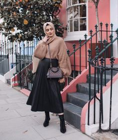 32 Ideas For Fashion Hijab Casual Dresses Muslim - Muslim Fashion Modest Fashion Hijab, Street Hijab Fashion, Hijab Casual, Hijab Style, Muslim Fashion, Fashion Outfits, Hijab Chic, Fashion Fashion, Stylish Outfits