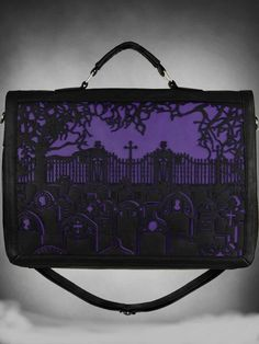 Purlple lace bag so #gothic loveit Denna ☾