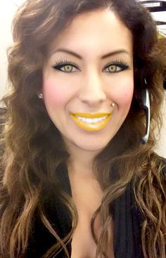 Youcam Makeup App Yellow Lipstick, matching contacts