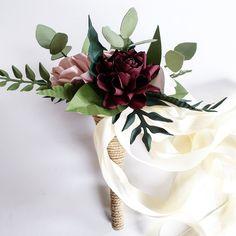 Paper Flowers Wedding, Flower Bouquet Wedding, Wedding Paper, Alternative Bouquet, Paper Bouquet, Gold Wedding Theme, Navy Gold, Flowers Online, Peony