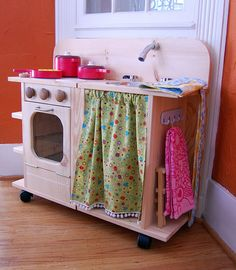Cute homemade play kitchen #playkitchen