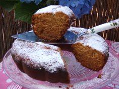 Bizcocho americano con fruta escarchada. Ver receta: http://www.mis-recetas.org/recetas/show/78241-bizcocho-americano-con-fruta-escarchada