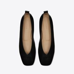 A square toe ballet flat in Italian nappa leather