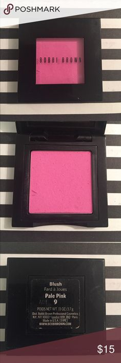"Bobbi Brown Blush Color is ""Pale Pink"" used lightly, still a lot of product left! Bobbi Brown Makeup Blush"
