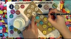 How to Make Recycled Buttons