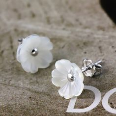 925 sterling silver stud earrings female Korean cute female shell flower natural hypoallergenic ear jewelry / earring Orecchiette - Taobao